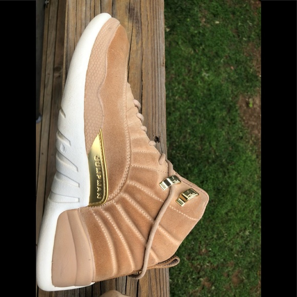 293f9e9cbeb4 Jordan Shoes - Air Jordan 12Xii A06068-203 size 9.5 Women 8 men